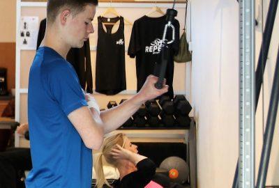 Verschillende oefeningen voor de armspieren